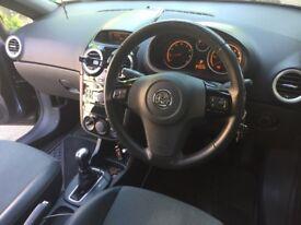 For sale Vauxhall corsa 1,4 automatic design.