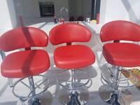 three leakes bar stools