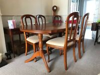 Rosewood Dining Table with 2 Carvers and 4 Chairs - As New