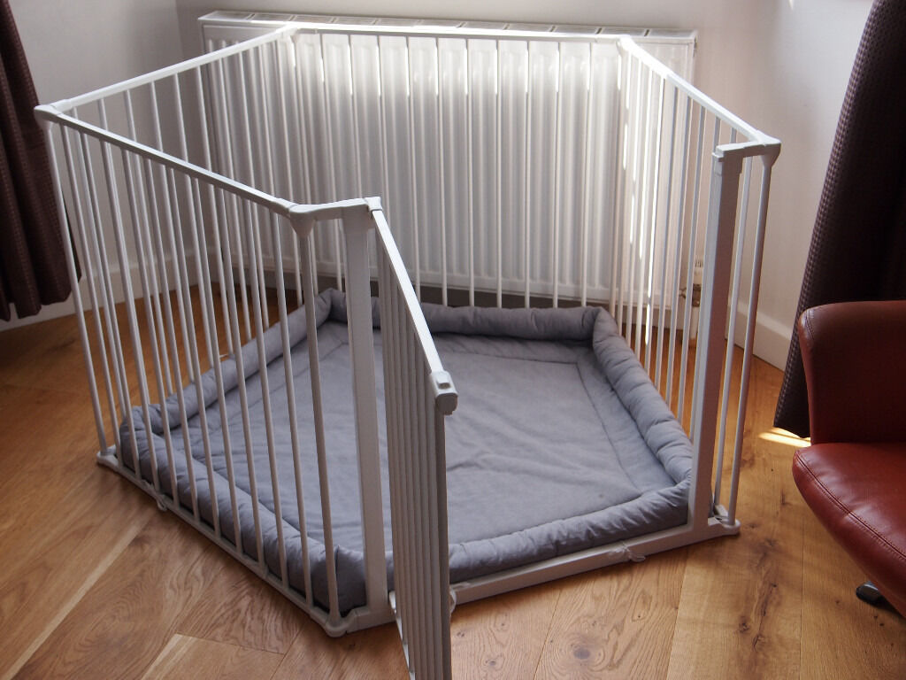 Baby Dan Park A Kid Metal Playpen In White With Grey