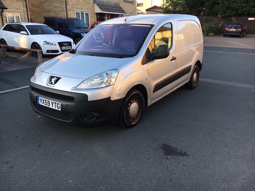 8ae9a3cc08b2a8 Peugeot Partner Van for sale. Bradford