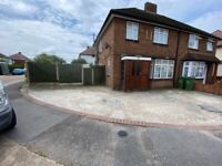 3 Bed 2 Reception Corner House with Big Driveway to let on Rosslyn Avenue,Dagenham, RM8 1JP
