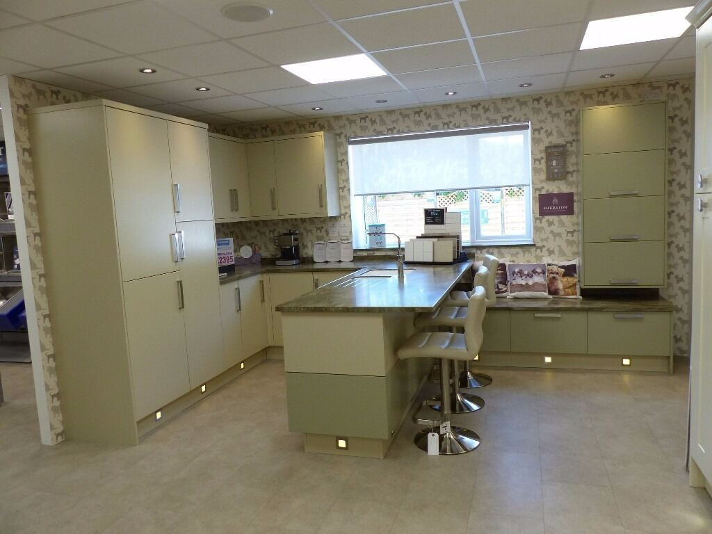 ex display sheraton painted setosa sage grey oyster kitchen ex display sheraton painted setosa sage grey oyster kitchen