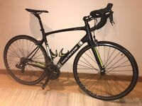 Neil Pryde Zephyr – Carbon Road Bike with Ultegra DI2 and Hand Built Wheels