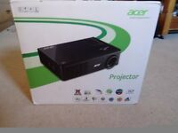 Acer X112 Projector