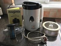 Magimix Le Duo Juicer for sale. Good condition. Full working order.