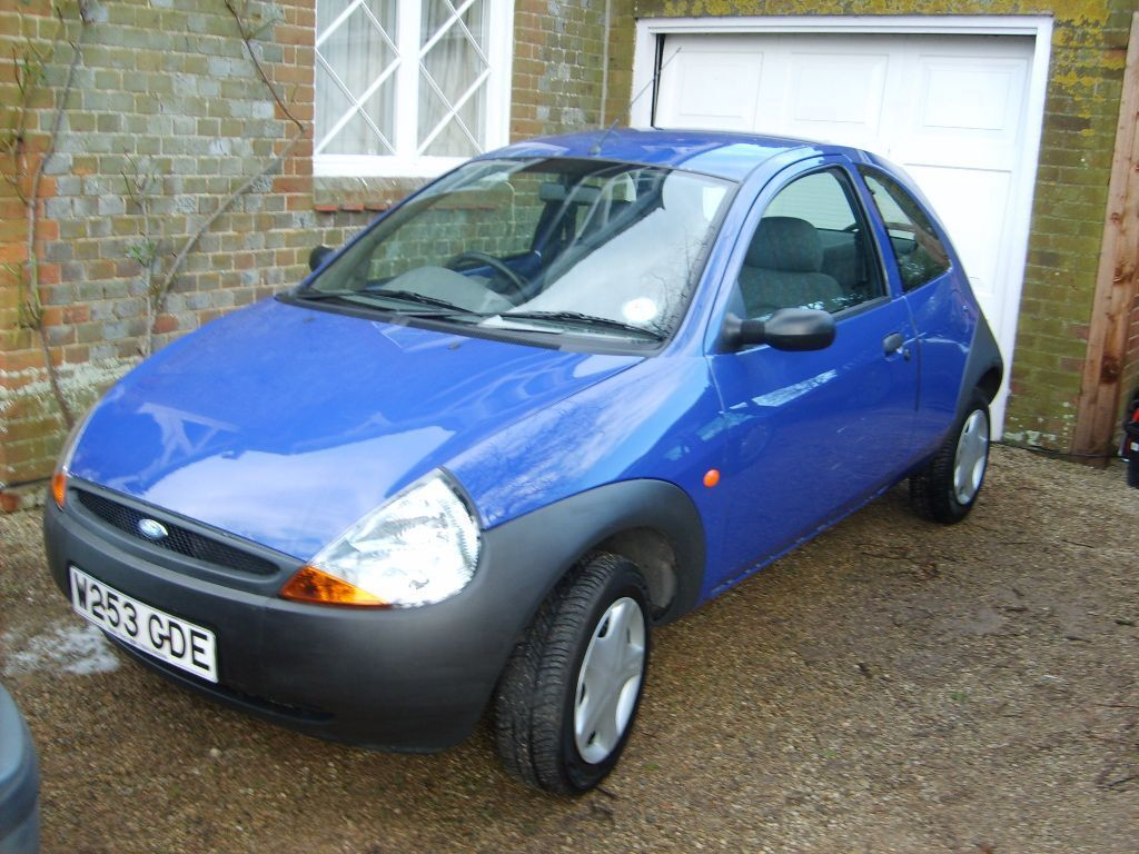 ford ka 200 ono 88 586 mileage year 2000 w reg petrol 1299cc mot jan 16 in cullompton. Black Bedroom Furniture Sets. Home Design Ideas