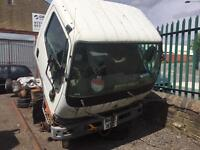 Mitsubishi canter 2005 3.0 td breaking spares