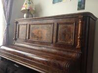 FREE VINTAGE PIANO