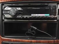 Car stereo PIONEER. AUX USB BLUETOOTH