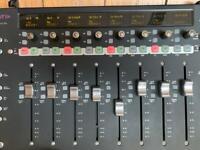 Avid Artist Mixing Control Surface