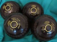 THOMAS TAYLOR LAWN BOWLS IN EXCELLENT CONDITION