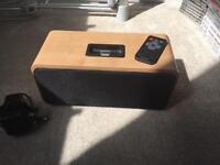 Acoustic solutions iPhone speaker dock