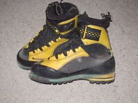 LA SPORTIVA winter mountaineering boots Size EU 44.5 UK 10