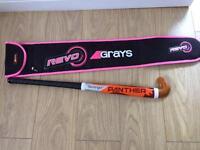 Girls hockey stick and carry bag