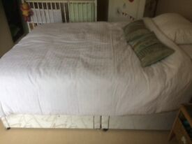 Double mattress and base