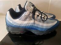 Nike Air Max 95 Ultra Essential Men's Shoes in Coastal Blue