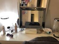 Medium mirror