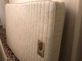 Free high quality double mattress (Dreams)
