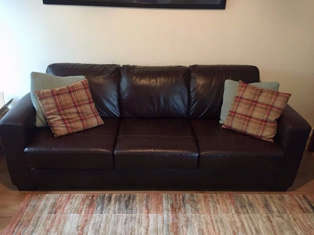 Furniture Village Dante 3 2 Seater Leather Sofa Set With Storage Stool