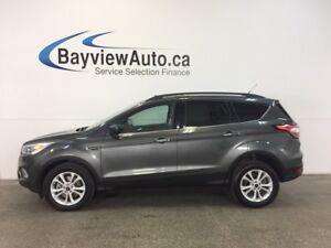 2017 Ford ESCAPE SE- 4WD! ECOBOOST! PANOROOF! REV CAM! SYNC!