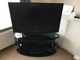 Samsung tv 40 in with tv stand