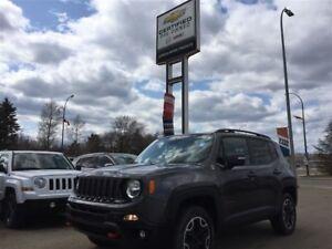 2016 Jeep Renegade Trailhawk *Heated Wheel* *Nav* *Remote*