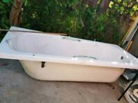 Bath tub brand new