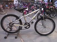 BOYS GIRLS DIAMONDBACK LITE BIKE