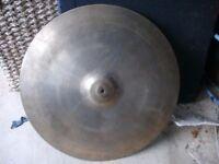 Ufip 18 inch cymbal