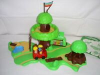 RARE Vintage 1970's Palitoy Tree House Playground