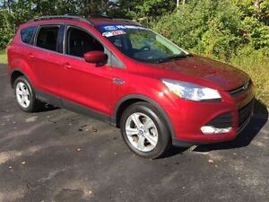 2013 Ford Escape SE|HEATED SEATS and OUTSIDE MIRRORS|POWER DRIVE