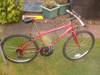 "BIKE Apollo Laser 10 Shimano Gears (24"" Wheels) Suitable Upto a Teenager, Small Adult or Lady  The s"