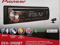Pioneer DEH-3900 Bluetooth hands-free Car Stereo (As new)