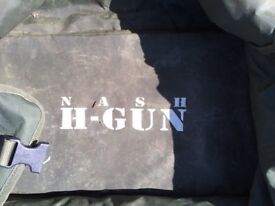 Nash H-Gun intergrated under Barrow storage Bag used condition