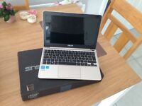 ASUS E200H netbook like new unwanted gift