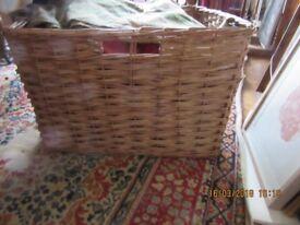 enormous Log basket
