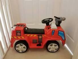 Kids ride on fire engine