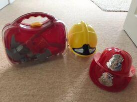 Fireman carry case, equipment and 3 helmets