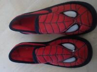 Boys Spiderman Slippers Size 12-13 - Collect PE27