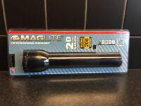 Maglite® Professional Flashlight,. 2 D Cell Xenon Black Flashlight. Brand New