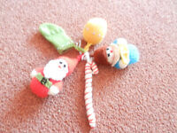 New 5 Hand Knitted Christmas Tree Decorations