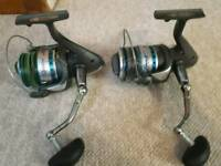 2 sea fishing rods