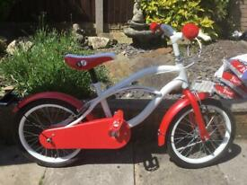 GIRLS RED AND WHITE HYBRID BIKE, SUIT AGE 5-7 yrs, is in excellent cond