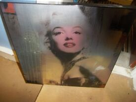 WOODEN MARILYN MONROE PICTURE