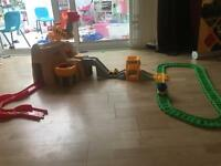 Little tikes classic track with cars