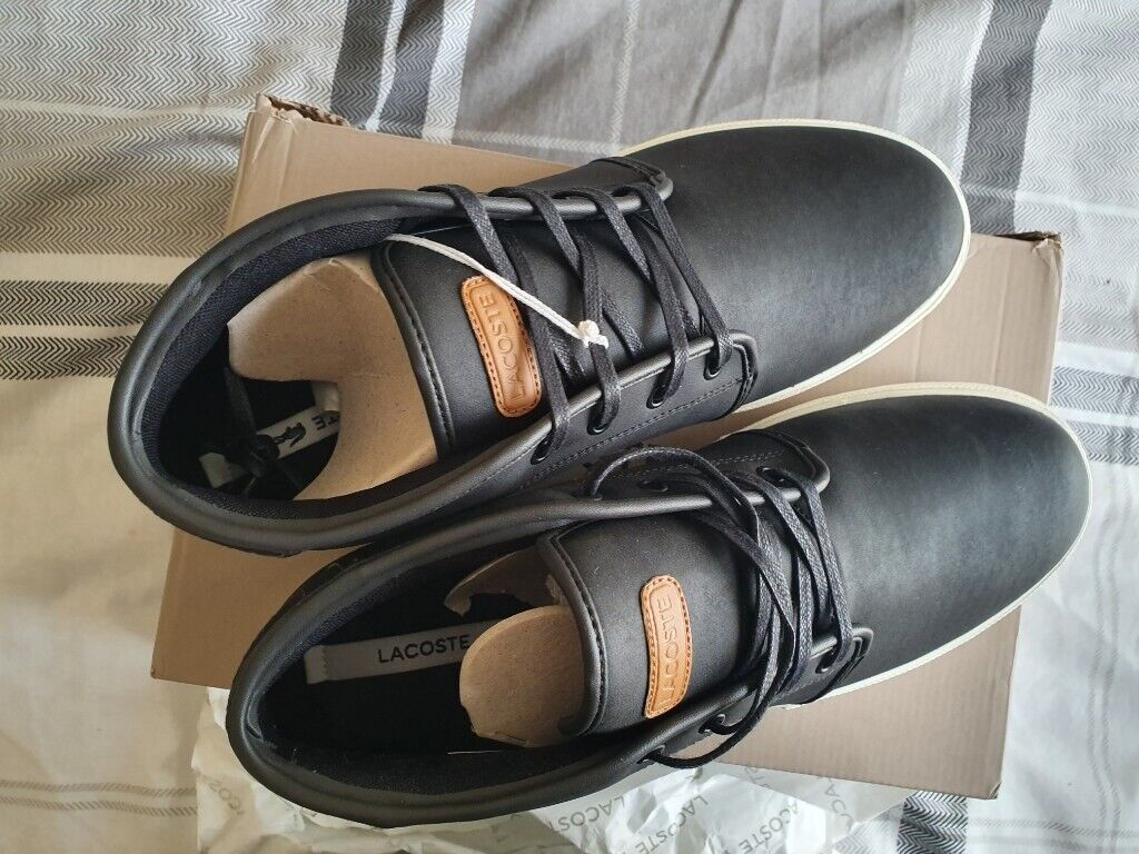 5b12104a3bd7 BRAND NEW Lacoste Ampthill Chukka Boots - Black