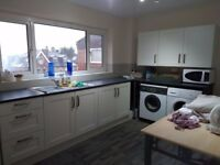 Modern 2 Bedroom Flat in excellent condition in Hendon