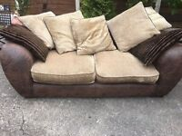 SOFA BIG DESIGNER LEATHER EFFECT EXCELLENT CONDITION CLEAN ALL CUSHIONS COMFY & SOFT DELIVER MCR