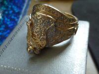 nice gold saddle ring size W -22.5 GRAMS